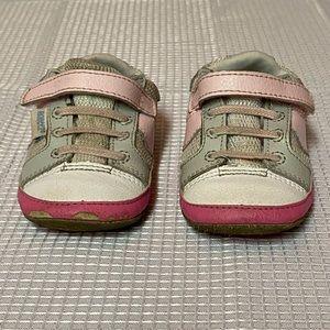Robeez sneakers